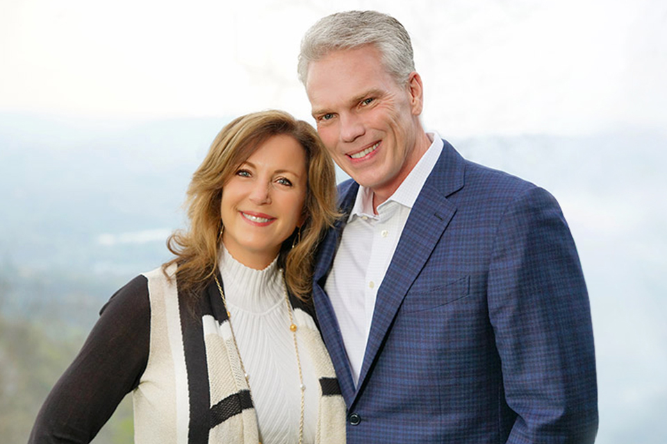 Alys and Brad Smith: Founders, Wing 2 Wing Foundation